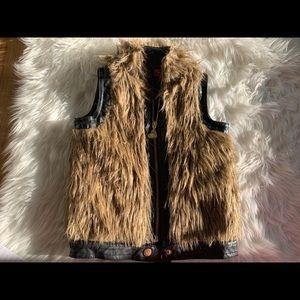 Kids Betsey Johnson Faux Fur Vest 3T